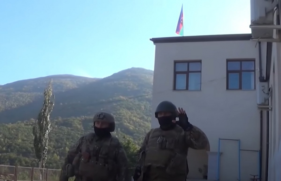 2020/10/1602659022_hadrut-azerbaycan-bayragi_7599.jpg