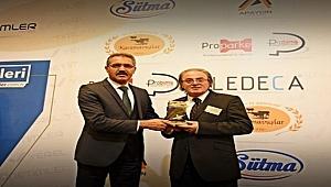 """Turhal""""a 'Yılın Belediye Başkanı' Ödülü"""