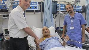 Avustralyalı hastaya, İzmir'de karaciğer nakli