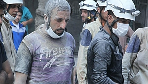 Katil Esed , sivil savunma ekibine saldırdı