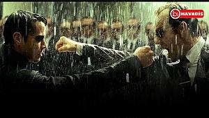 Matrix 4 Resmen Duyuruldu: Keanu Reeves, Neo Olarak Geri Dönüyor !