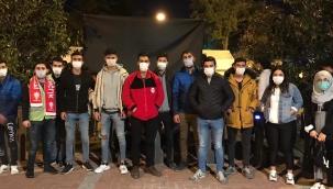 AK Parti Güzelbahçe Gençliği izmirde Sahada