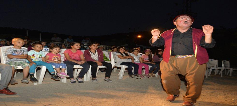 Köy Meydanları Tiyatro Sahnelerine Dönüşüyor